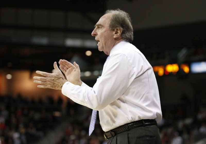 Temple head coach Fran Dunphy