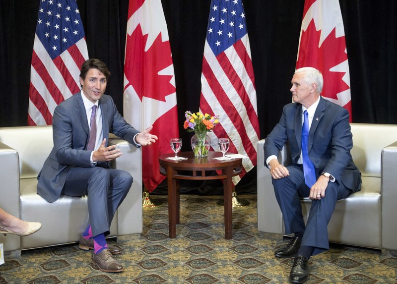 Justin Trudeau, Mike Pence