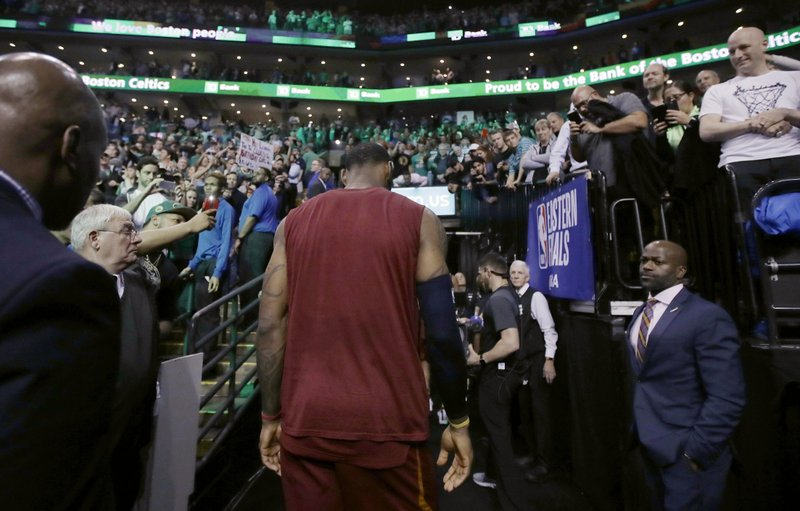 JR Smith 'known for' dirty plays, says Marcus Smart
