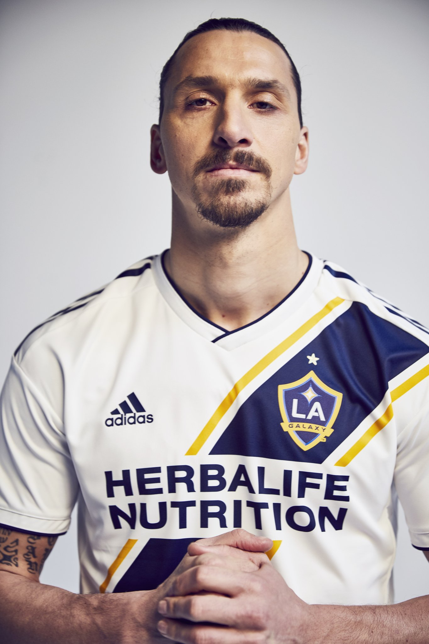 d09b745d02f  Welcome to Zlatan   Ibrahimovic makes play for LA s heart