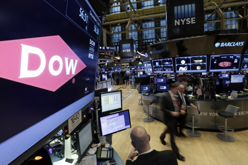 Dow, DuPont try more divestments in seeking merger approval