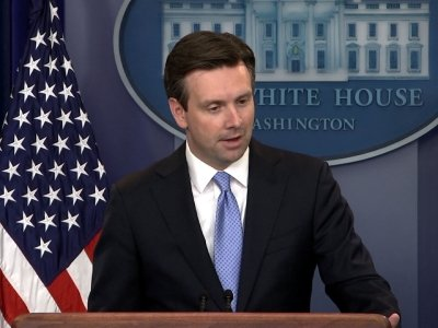 WH: Facts Over Politics in Clinton Email Probe
