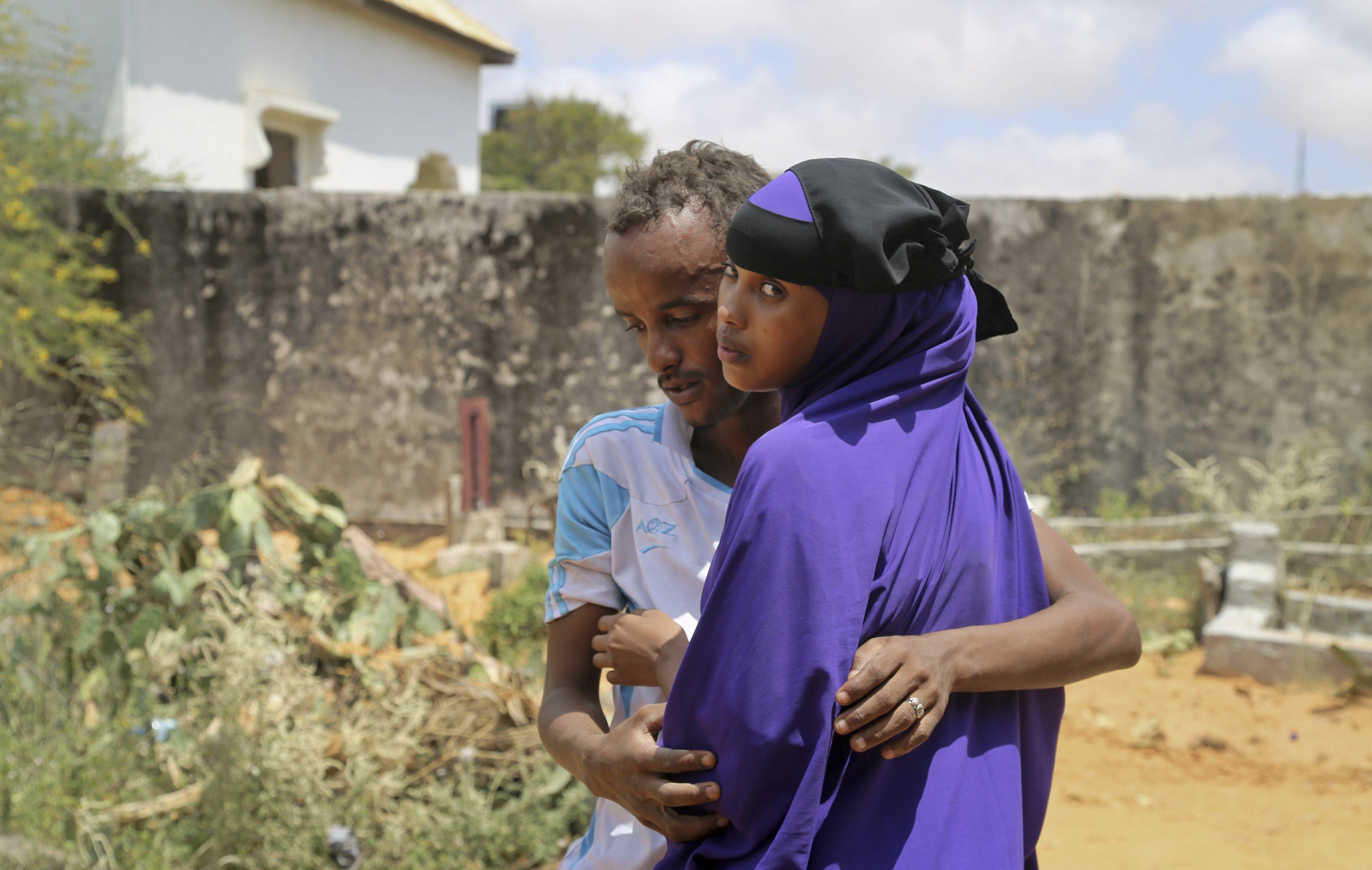 In Somalia, hope fades in desperate search for missing