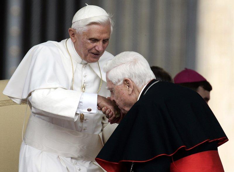 Benedict XVI, Bernard Law