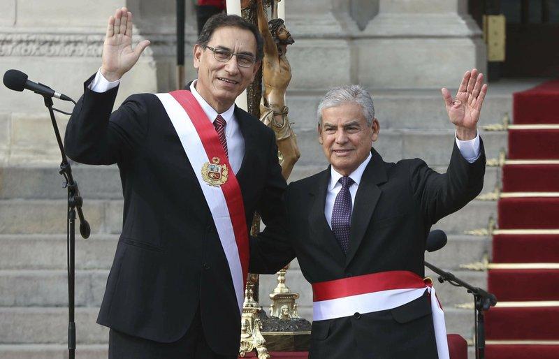 Martin Vizcarra, Cesar Villanueva