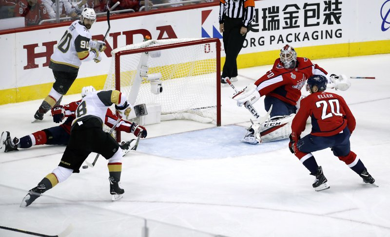 James Neal, Braden Holtby