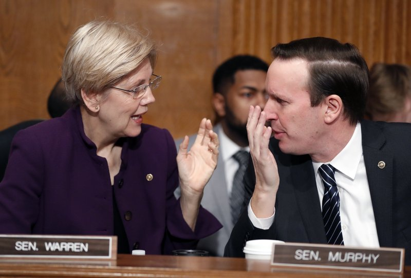 Elizabeth Warren, Chris Murphy