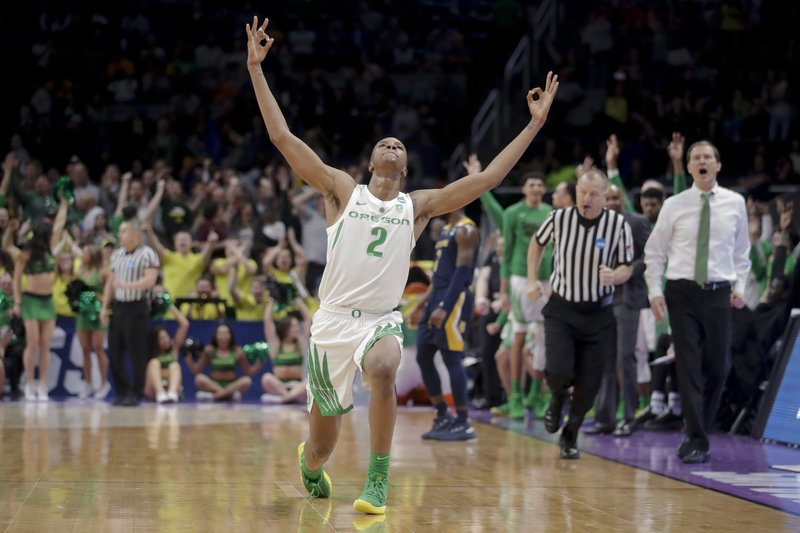 d2a6d83c679 NCAA Latest  Oregon tops UC Irvine for last spot in Sweet 16