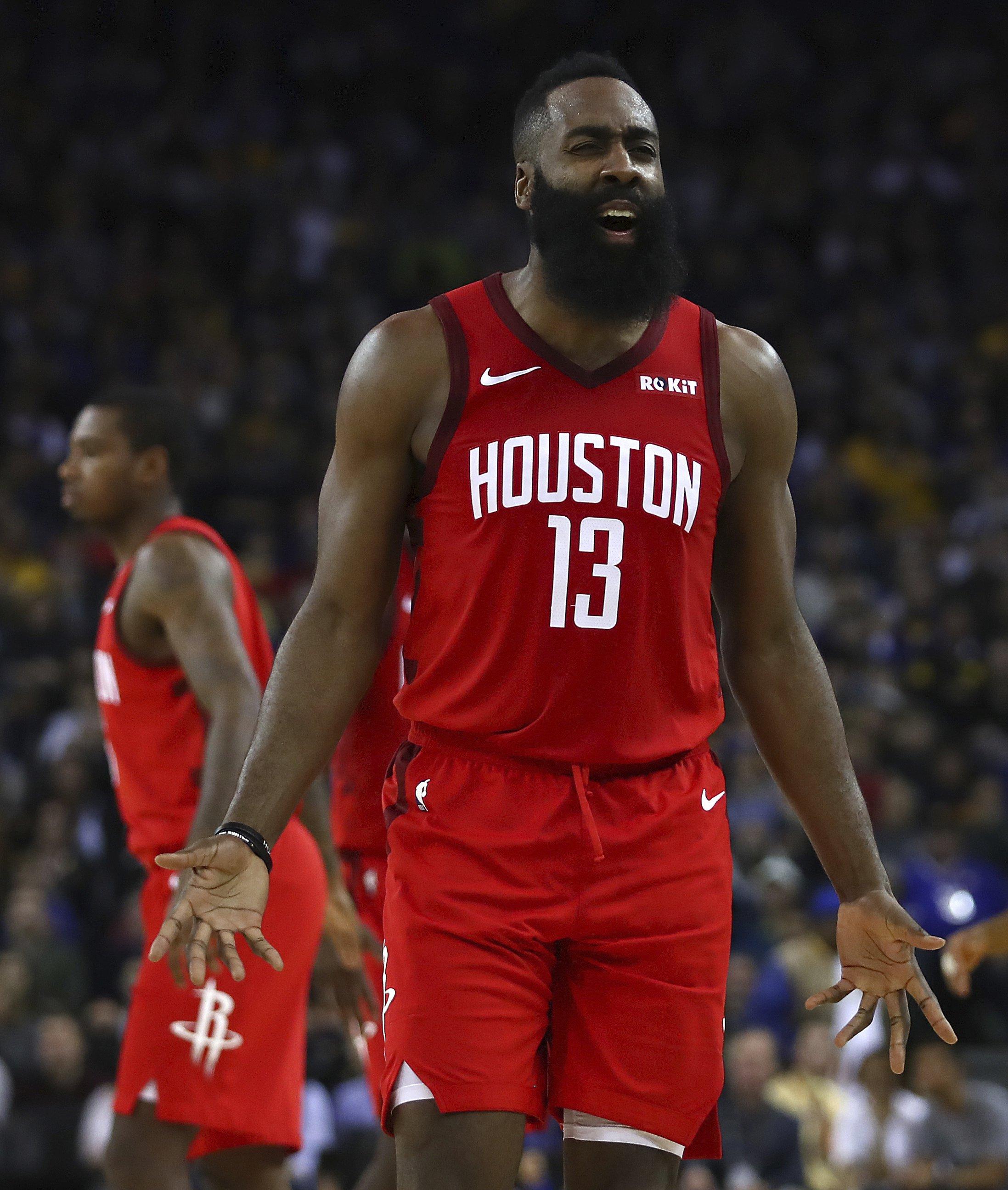 b51feac6c9d4 Harden rallies Rockets in OT to edge Warriors 135-134