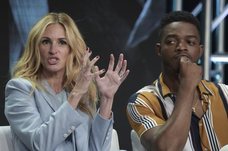 Julia Roberts, Stephan James