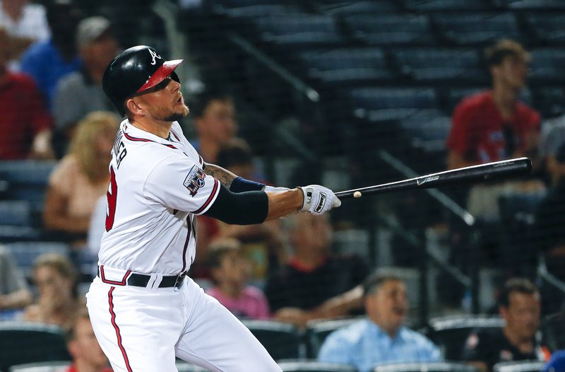 f0c3b209 Braves rally with 4 runs in 6th, beat Marlins 8-5