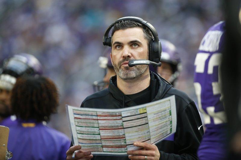 Vikings keep Kevin Stefanski as offensive coordinator