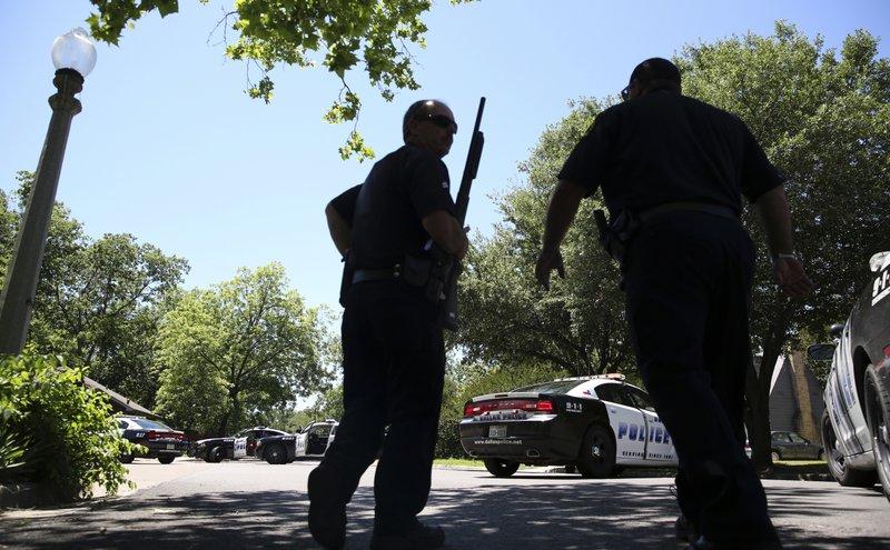 Dallas paramedic shot, suspect found dead with 2nd body