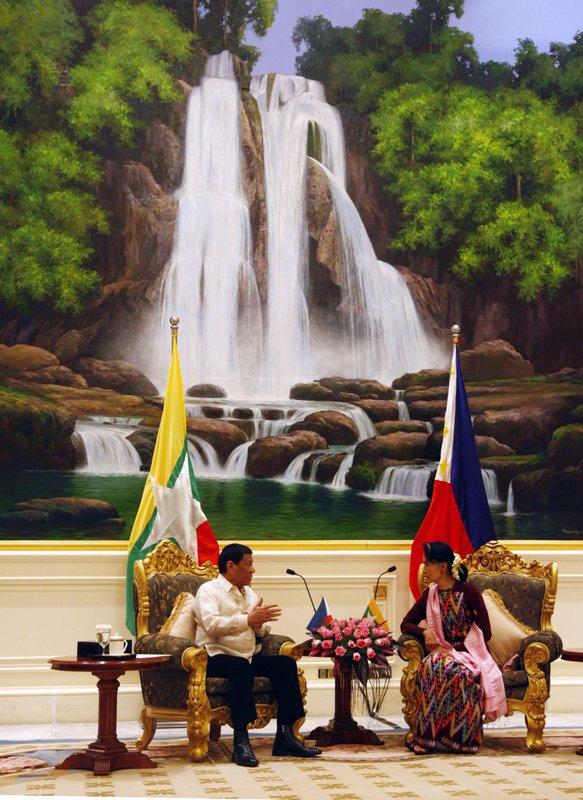 Aung San Suu Kyi, Rodrigo Duterte