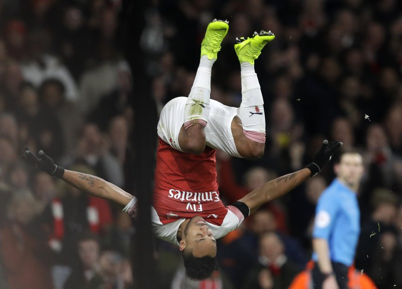 Aubameyang making it a 3-way fight to be EPL's top scorer