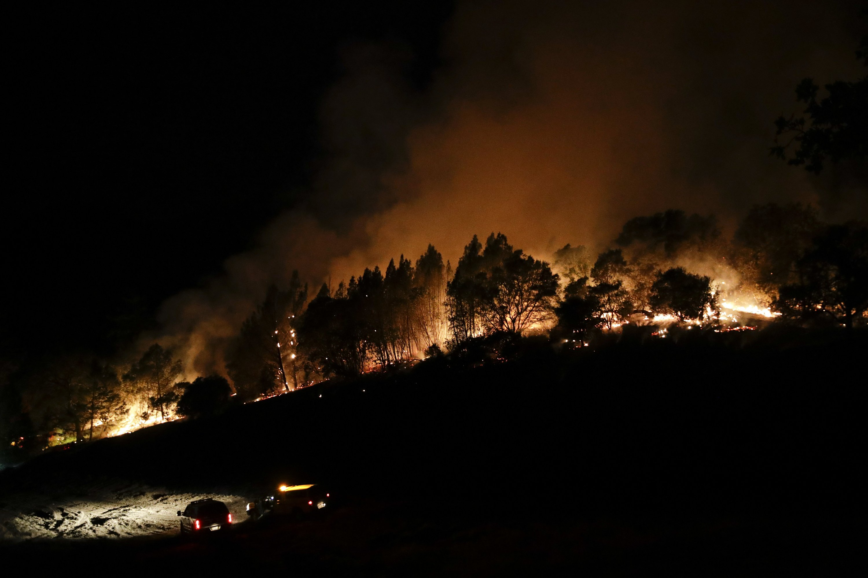 Weary Californians try to find all that's lost as fires rage