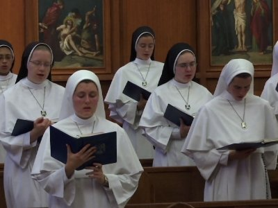 Singing Nuns Top Charts in Time for Christmas