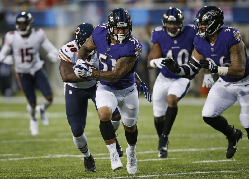 Ravens and Bears show off D, Baltimore wins 17-16 on