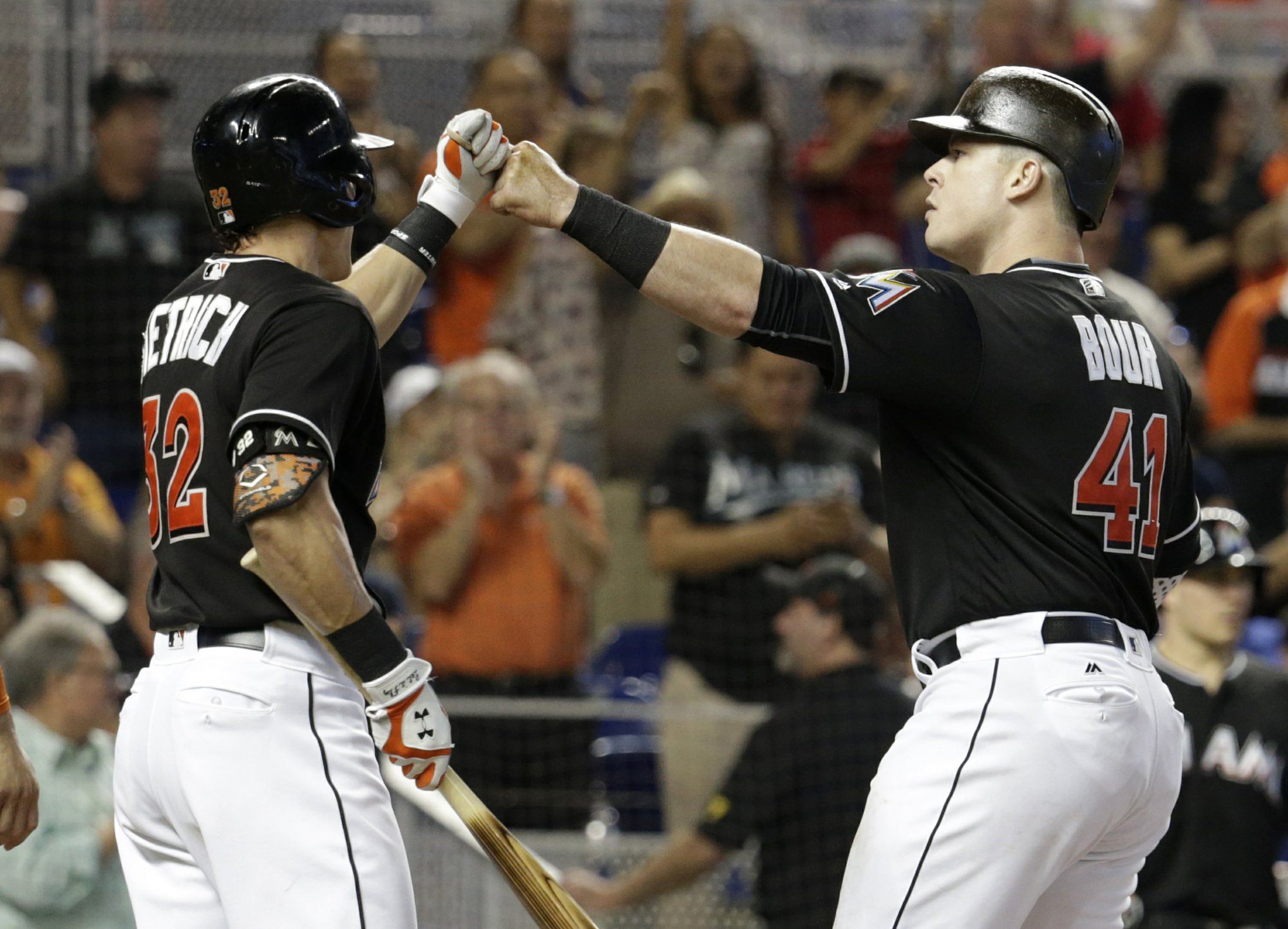 9e47c289 Bour and Stanton each drive in 3, Marlins top Cubs 9-6