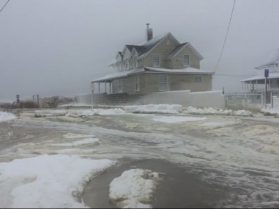 Raw: Historic Coastal Floods Swamp New England