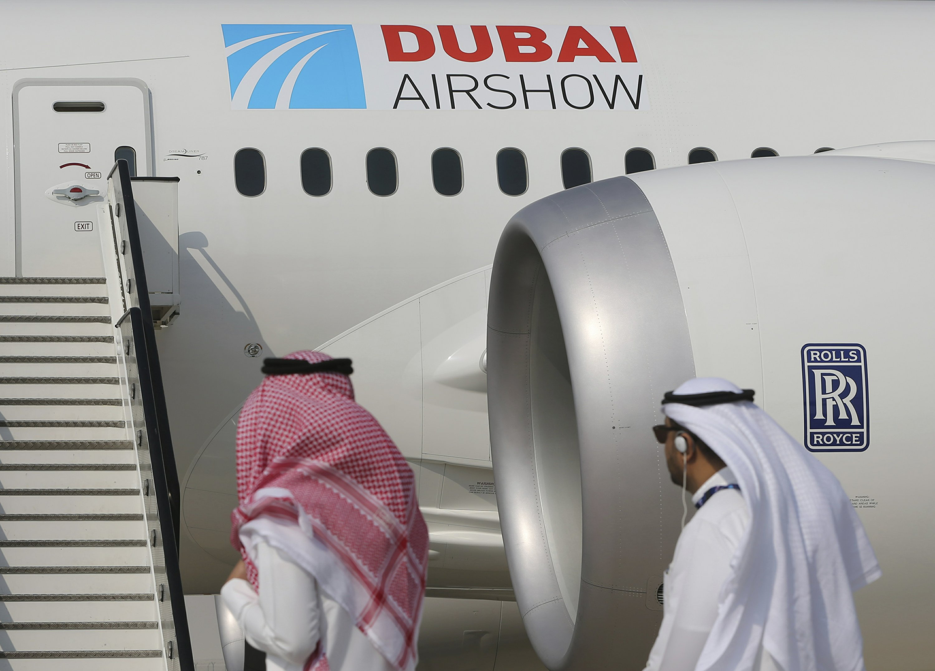 Dubai Air Show opens with Emirates' $15.1B Boeing buy