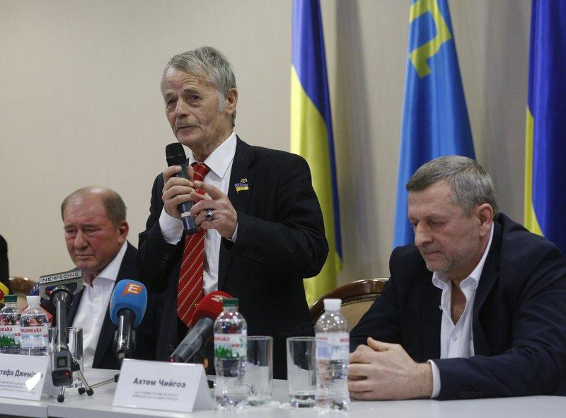 Mustafa Dzhemilev, Akhtem Chiygoz, Ilmi Umerov