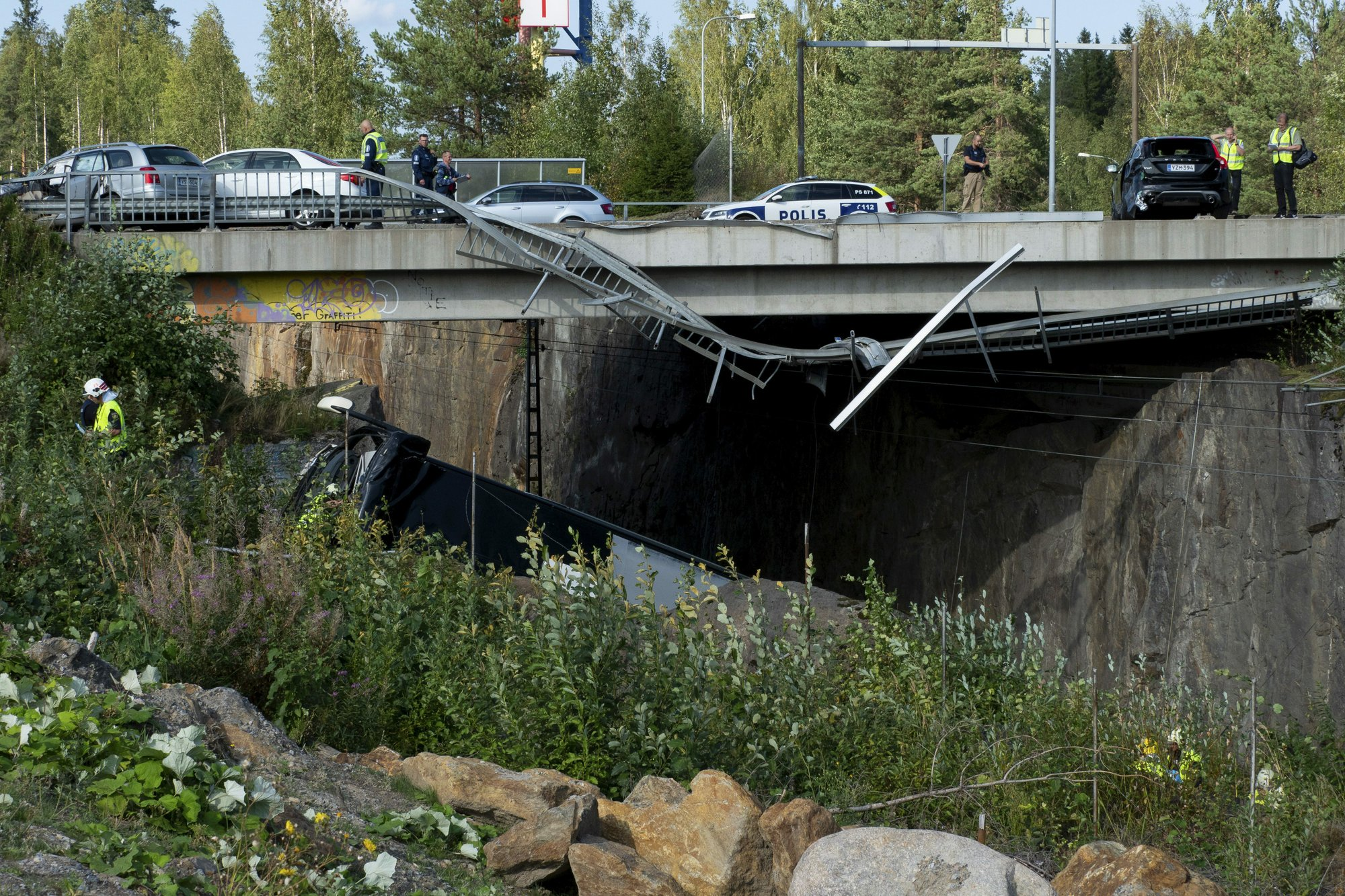 4 Killed When Bus Plunges Onto Train Tracks In Finland
