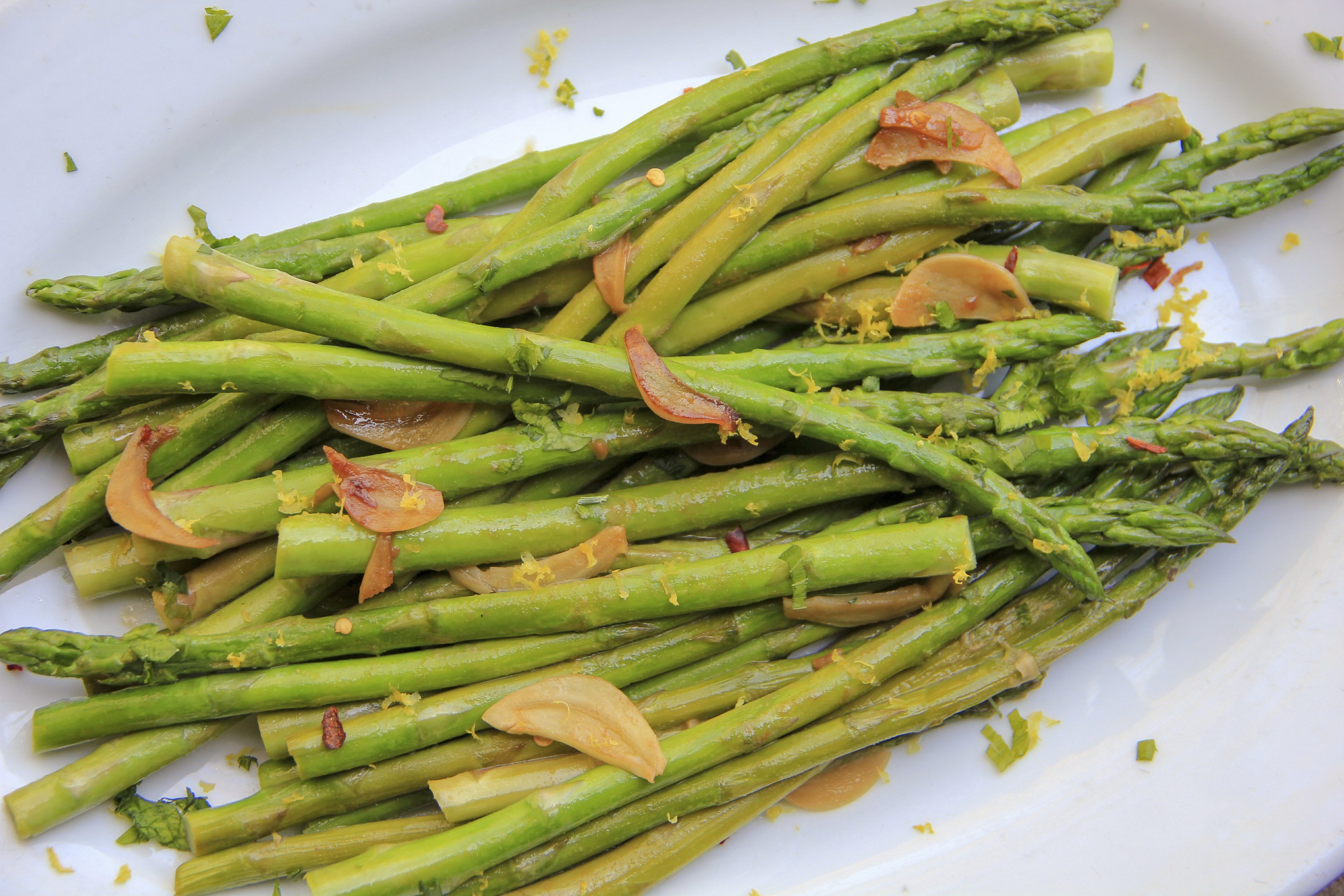 How to make asparagus sing? Mustard, soy sauce and honey