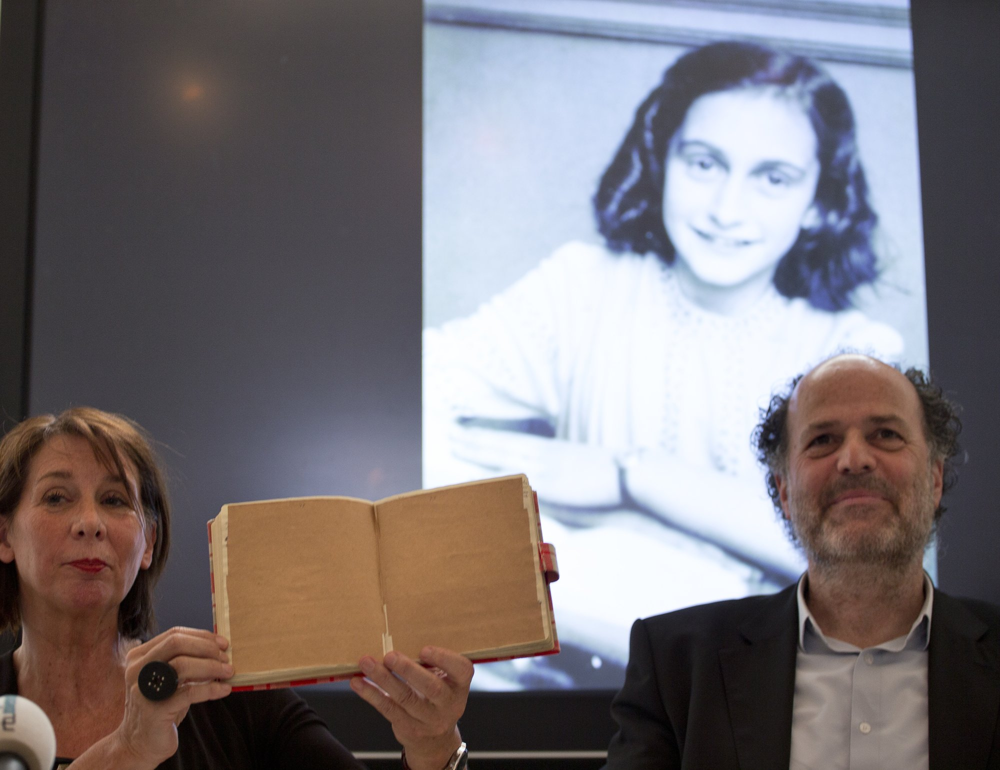 Dutch researchers uncover <b>dirty jokes</b> in Anne Frank&#39;s diary