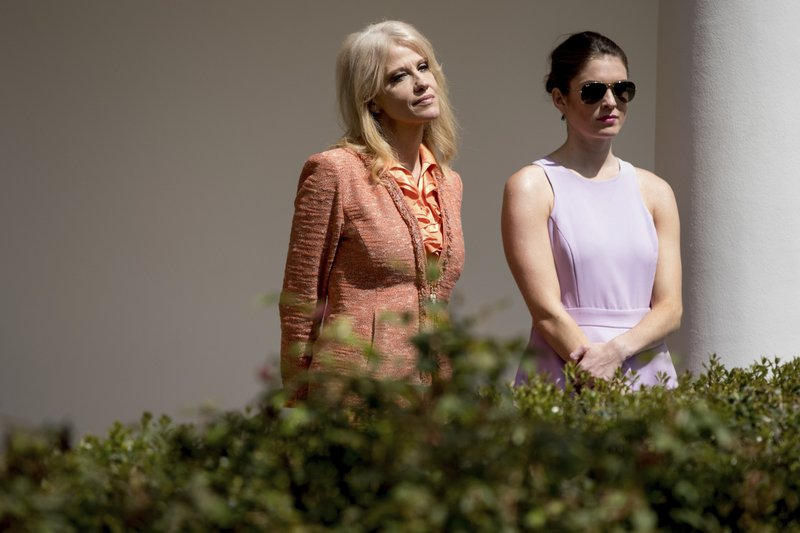 Kellyanne Conway, Hope Hicks