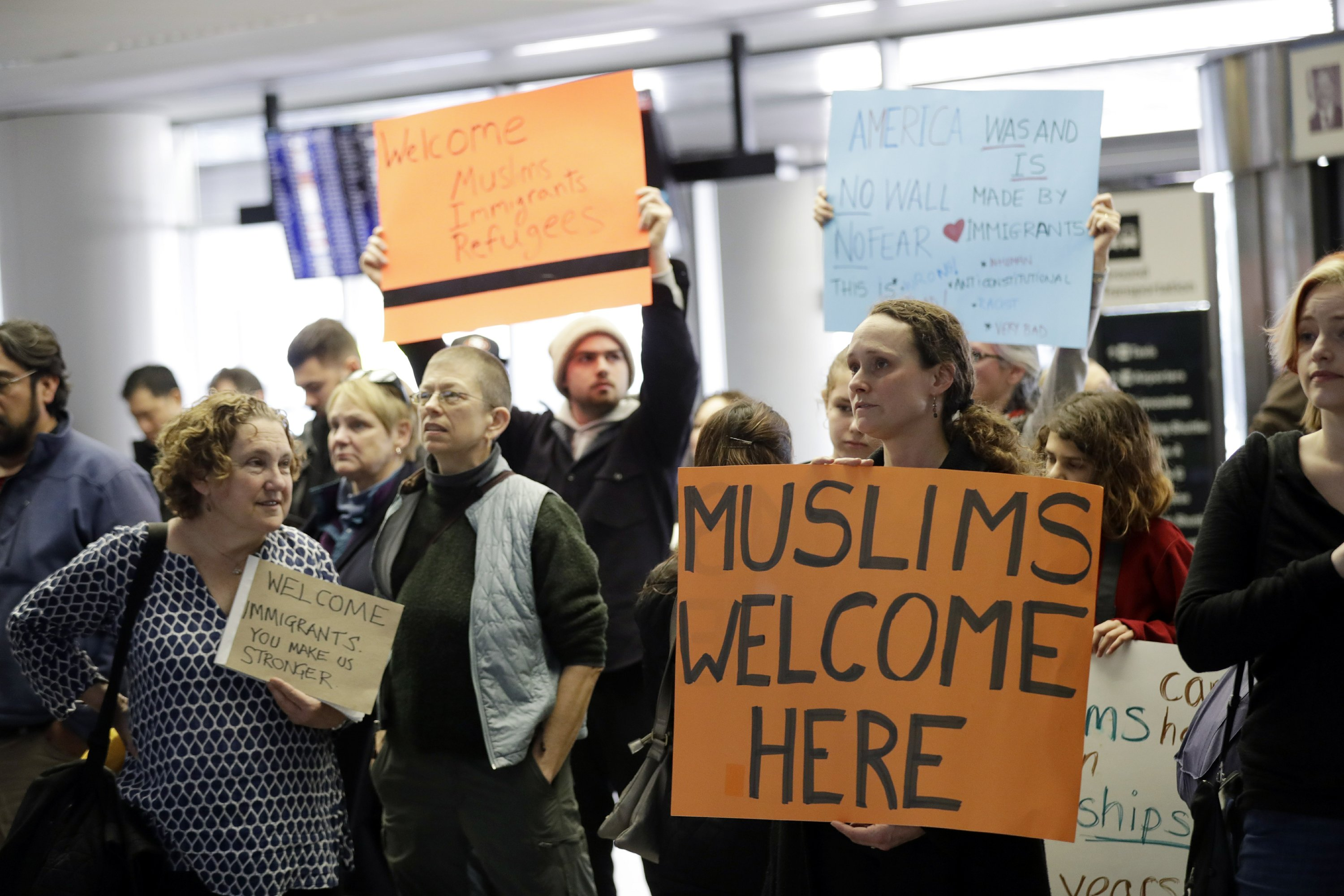 The Latest: Somali refugee won't be reunited with girl, 4