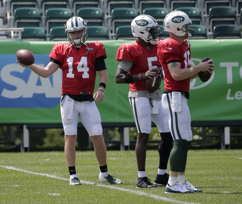 826a37a4 Jets' QB competition could last through 4 preseason games