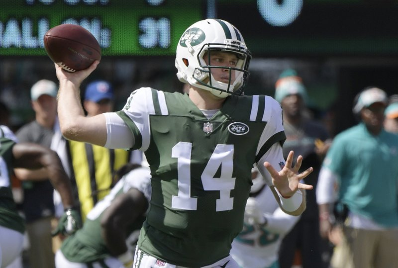 the best attitude 4ca62 421f7 Jets' Darnold focused on now, not being passed on by Browns