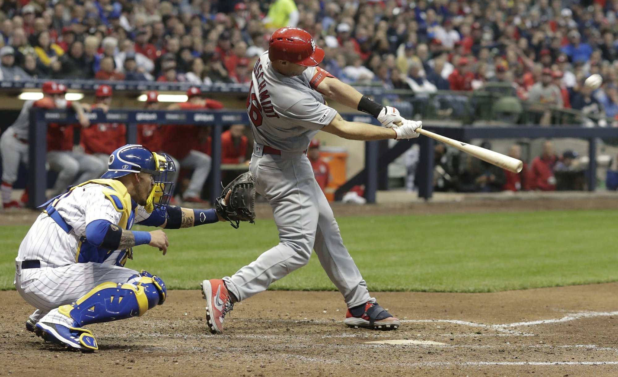 Cards' Goldschmidt hits 3 HRs, walked intentionally in 9th