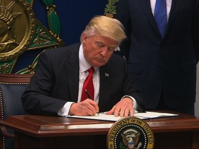 Trump Travel Order to Apply to Visa Seekers