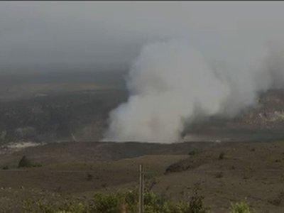 Raw: Smoke Rises From Hawaii Volcano Summit