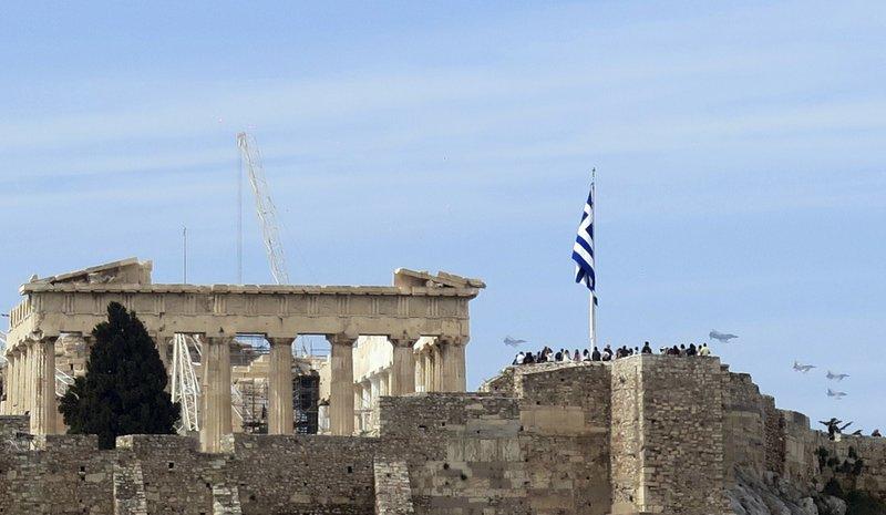 Israeli, Italian Jets Buzz Past Acropolis In Exercise
