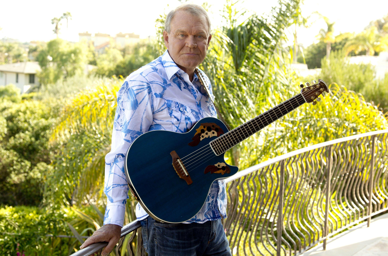Glen Campbell said goodbye to his life, career through music