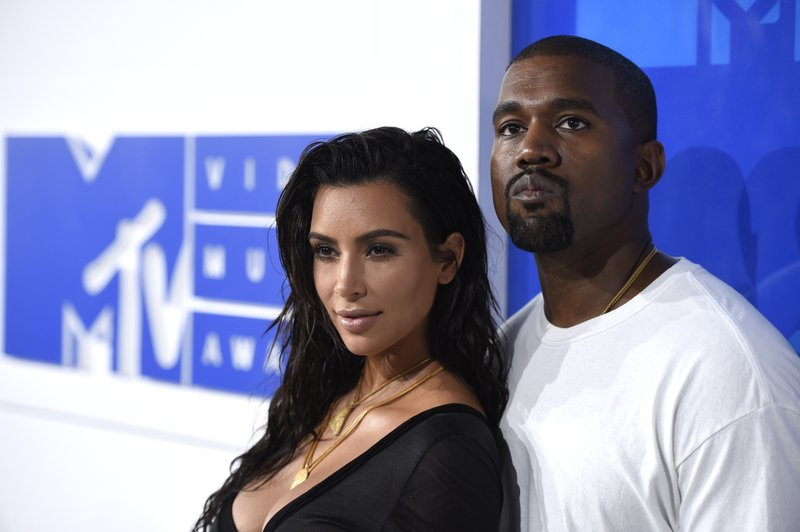Kim Kardashian West Plans Cbd Themed Baby Shower