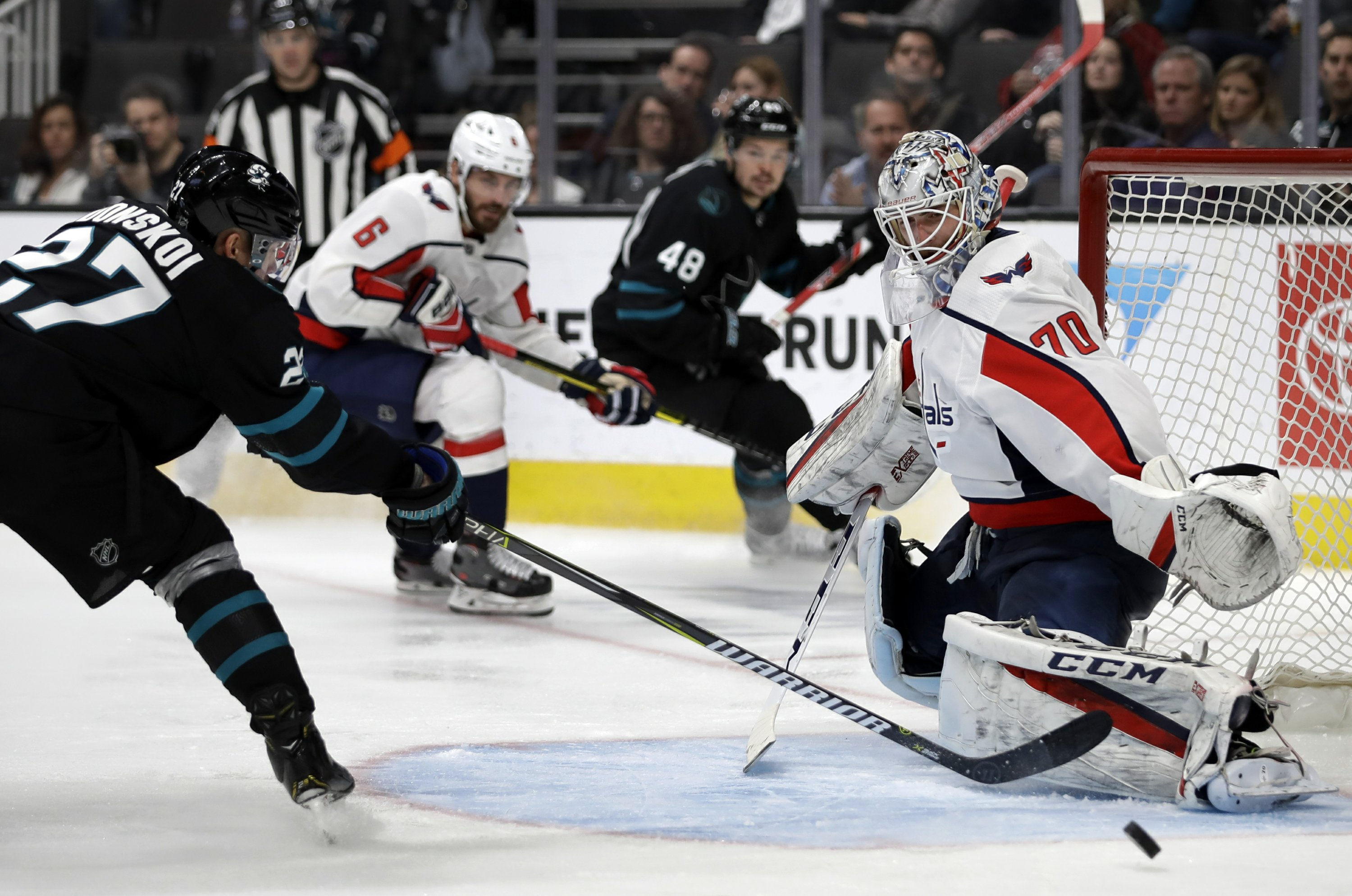 Ovechkin scores NHL-leading 39th as Capitals beat Sharks 5-1 d7c98b6ea