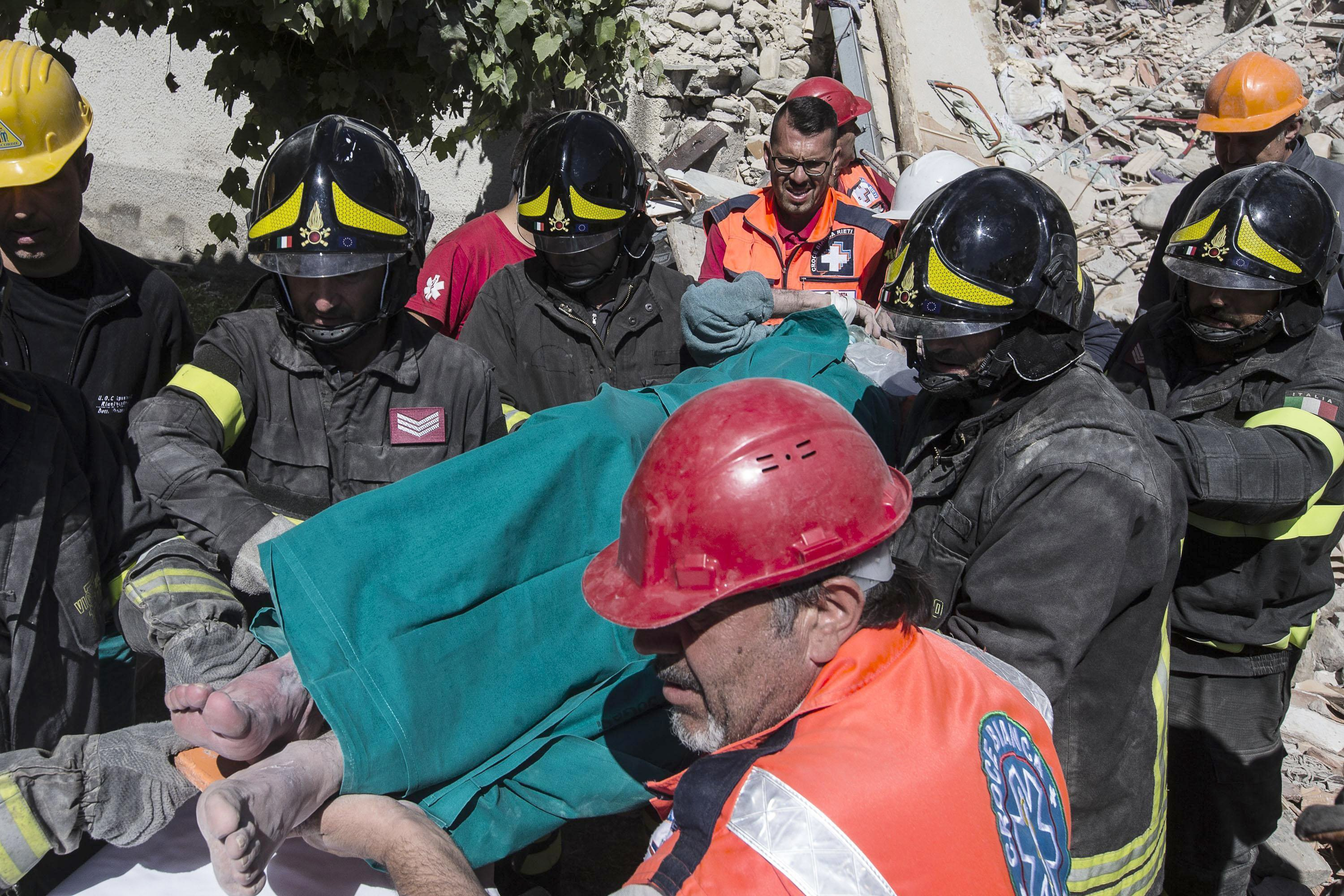 Rescuers search for survivors in Italy quake that killed 159