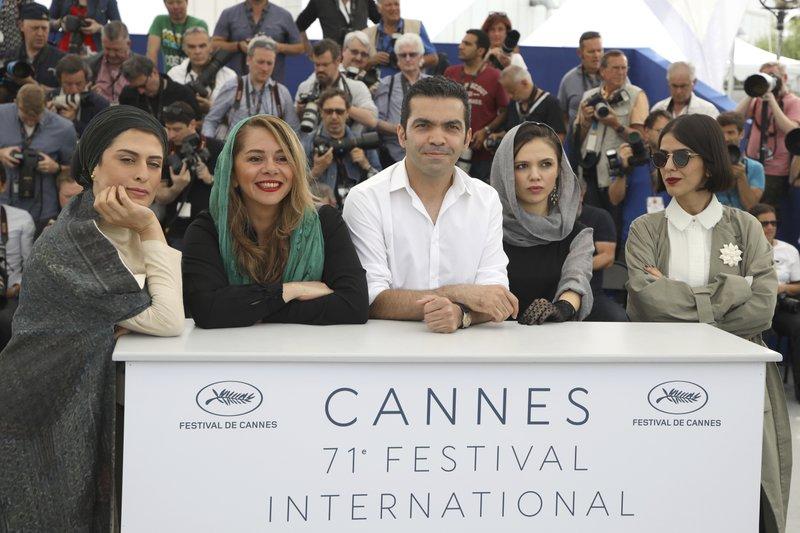 Behnaz Jafari, Mastaneh Mohajer, Amin Jafari, Marziyeh Rezaei, Solmaz Panahi