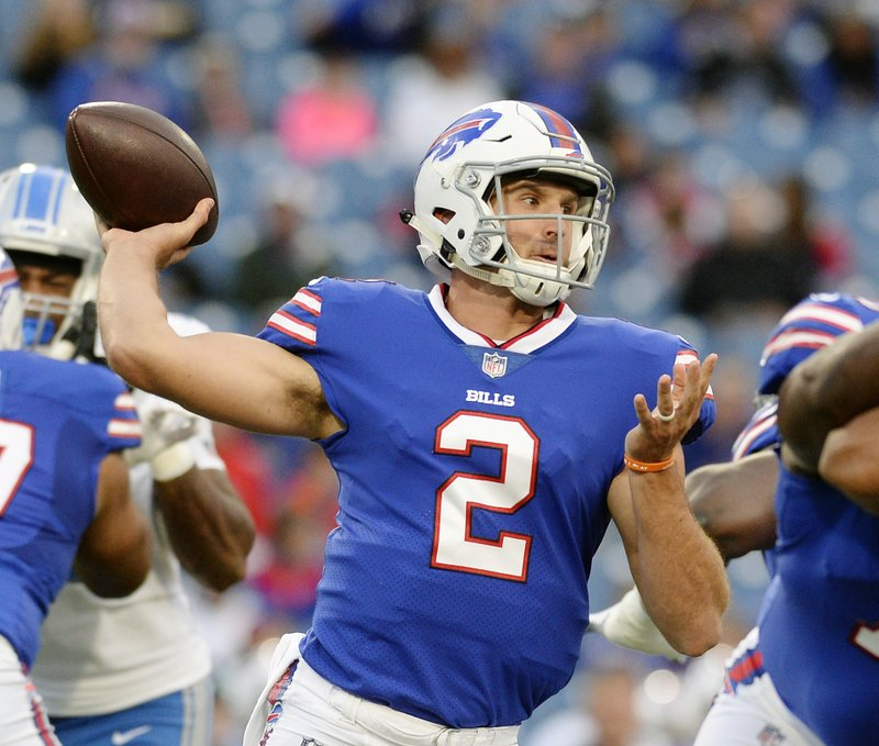 reputable site 38ca4 f60f5 Bills bench QB Taylor in favor of rookie Peterman