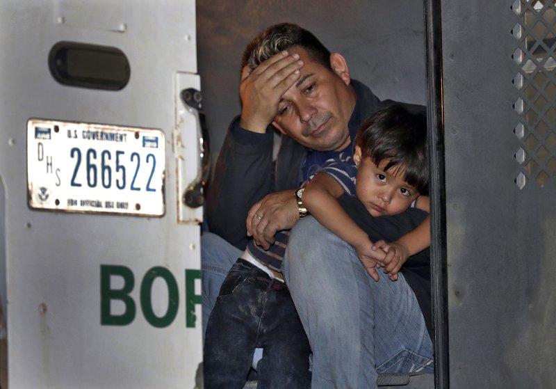 Despite Crackdown Immigrants Flowing Through Arizona Border