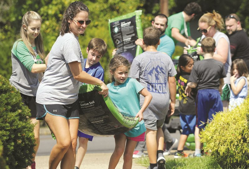 Meadows Elementary adds gardens for nutritious lesson