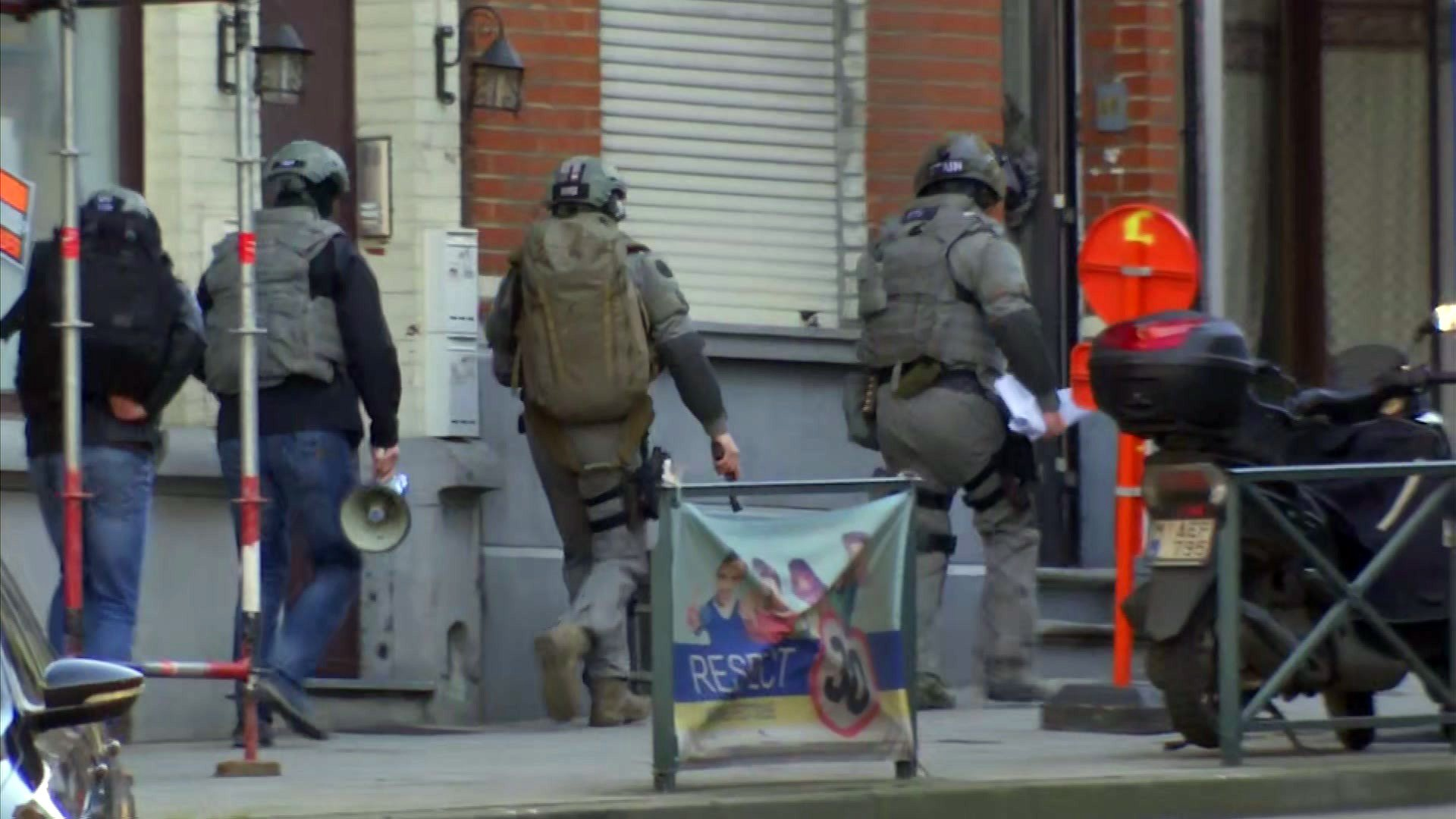 Police seal off Brussels streets amid reports of gunman