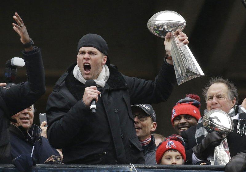 Patriots take victory lap, parade Boston for Super Bowl win
