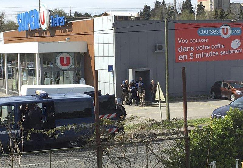 French police storm market, kill terrorist suspect, two others believed dead, a dozen injured (storage.googleapis.com)
