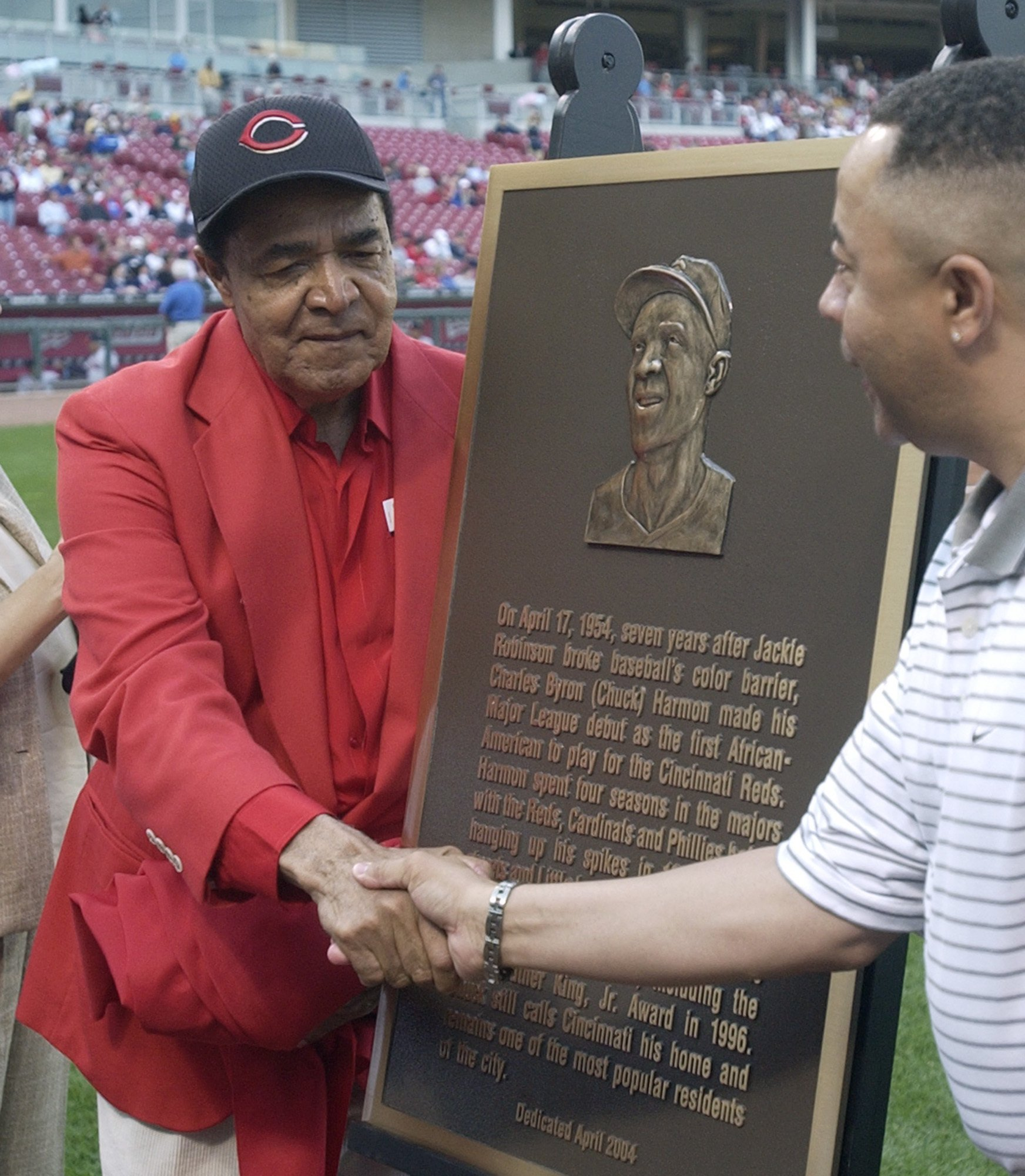 Cincinnati Reds' first African-American player dead at 94