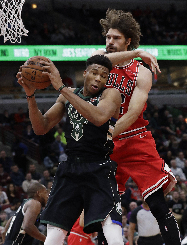 c2208a555b7 Antetokounmpo helps Bucks outlast Bulls 112-99